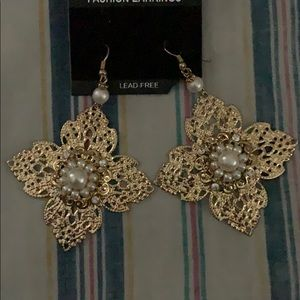 Fashion earrings with pearls, crystals lead free